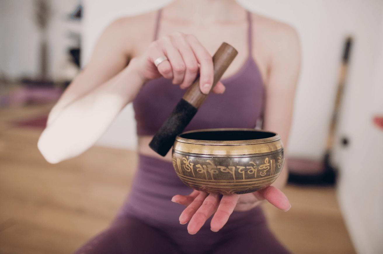 Méditation ou thérapie avec le bol tibétain