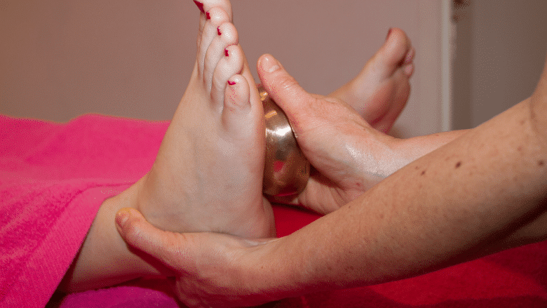 Se masser avec un bol kansa